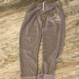 Boys Reebok sweat pants, warm up pants.  Pockets